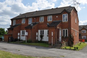 Stockwood way Weybourne Farnham sold by Trueman & Grundy