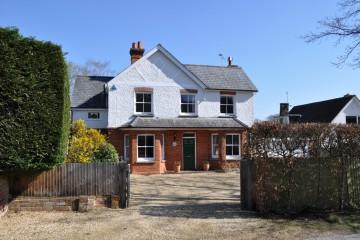 Dockenfield village Farnham Sold by Trueman & Grundy