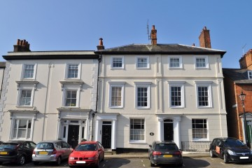 Castle Street Farnham Town Centre Apartment