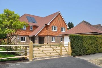 New Birnham Oak detached house Farnham sold by Trueman and Grundy estate agents in farnham