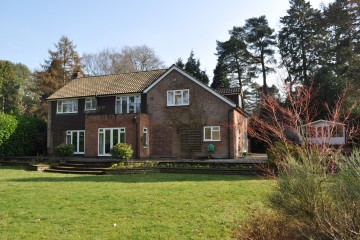 Family house in Hindhead