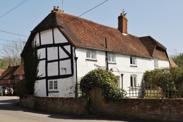 Grade II listed village house in need of mordernisation sold by Trueman & Grundy