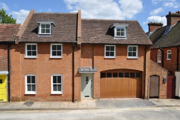 Middle Church Lane St Andrews Church Farnham Prime Farnham town centre refurbished house sold by Trueman & Grundy