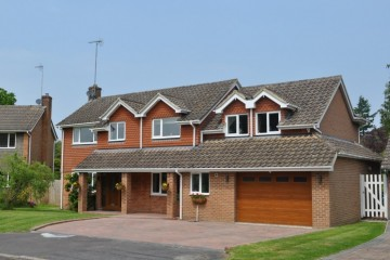 Crookham Village property in crondall detached house fleet hampshire